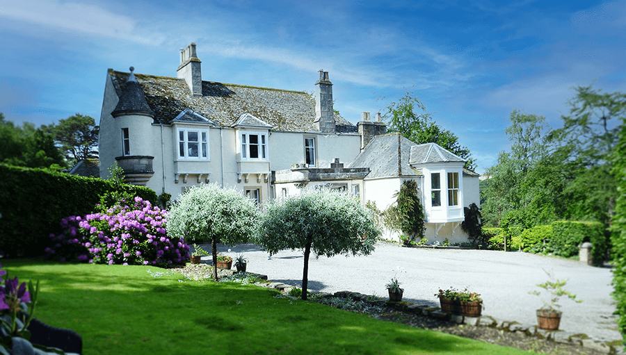 Craigellachie lodge outside building and gardens